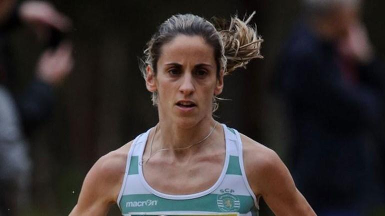 Jéssica Augusto vence maratona de Hamburgo