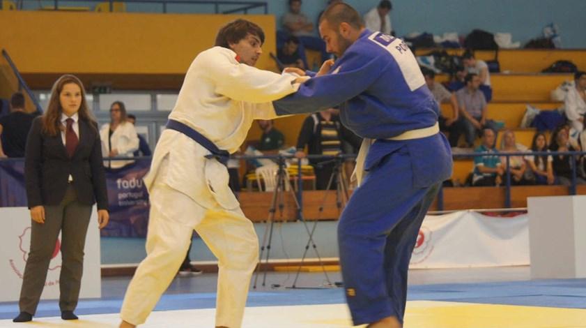 Académica de Coimbra vence troféu coletivo no Nacional Universitário de judo