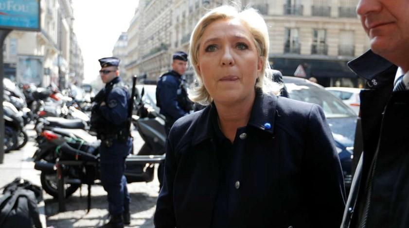 Marine Le Pen: «Com o que Zidane ganha, não me espanta que vote em Macron»