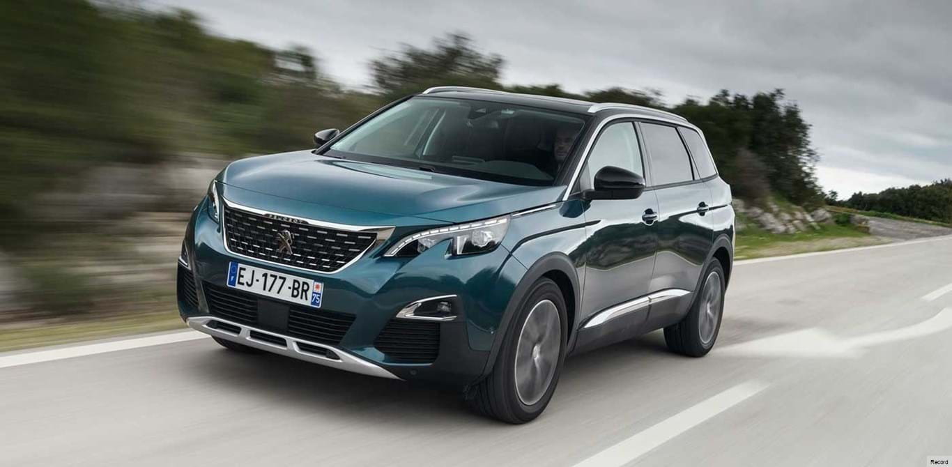 Peugeot 5008 entra no mercado nacional