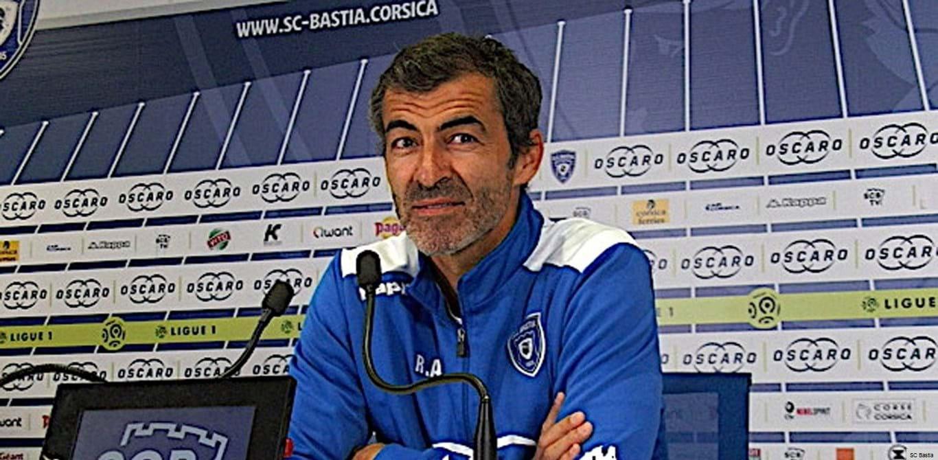 Rui Almeida pode treinar Bastia na 2.ª Liga