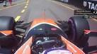 Alonso elogia Button e ouve esta resposta: Vou fazer xixi no teu assento...