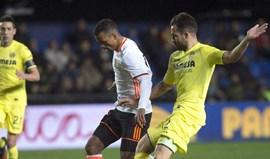 Nani desilude e já vê a porta de saída do Valencia