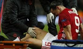 Ibrahimovic operado com sucesso ao joelho