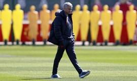 Mourinho revela que a época terminou para Luke Shaw