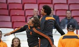 Pepe e Fábio Coentrão sem limitações no treino