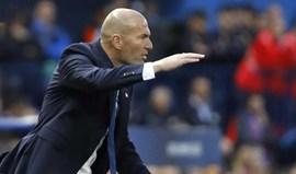 Zidane e olance de Benzema: «Não sei como saiu dali...»