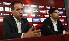 Abel Ferreira manifesta apoio a António Salvador