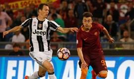 Roma bate Juventus e adia decisão da Serie A