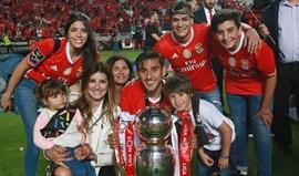 Magali Aravena orgulhosa com o título do Benfica