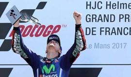 MotoGP: Última volta para esquecer de Rossi dá triunfo a Viñales