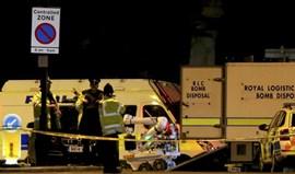 Beckham e Schmeichel solidários com famílias das vítimas do atentado de Manchester