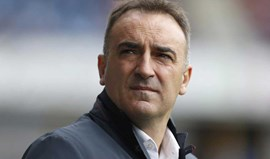 Carlos Carvalhal renova pelo Sheffield Wednesday