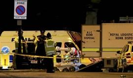 Manchester United e City dão mais de 1 milhão de euros para apoiar vítimas de atentado