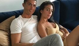 Foto de Ronaldo e Georgina faz disparar rumores de gravidez