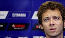 Valentino Rossi hospitalizado após sofrer acidente em motocrosse