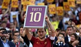 O agradecimento sentido da Roma ao 'eterno capitão' Totti