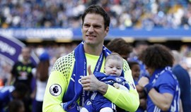 Bournemouth contrata guarda-redes Begovic ao Chelsea