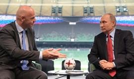 FIFA diz que caras pintadas de negro em desfile de Sochi são inapropriadas