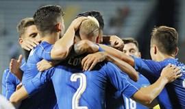 Holanda e Itália triunfam em particulares