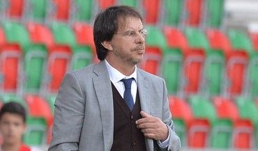 Manuel Machado oficializado como novo técnico