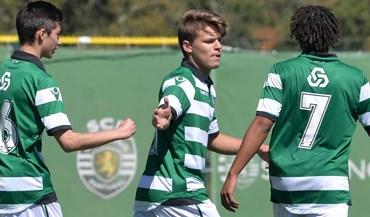 Sporting vence Anadia (4-0)