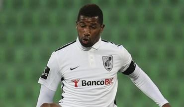 Lorient empata com o Troyes e cai para a Ligue 2