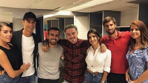Ronaldo festejou título com a namorada e os amigos ao som de J Balvin