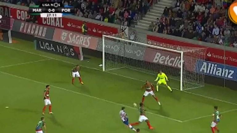 Zainadine cortou mal a bola e Otávio abriu o marcador