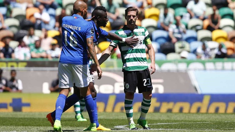 O 'chega para lá' do Belenenses ao Sporting num jogo que fica para a história