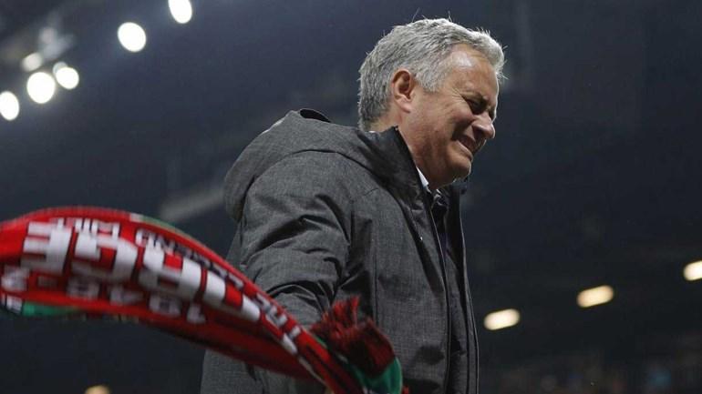 Mourinho não escondeu a emoção e celebrou em grande