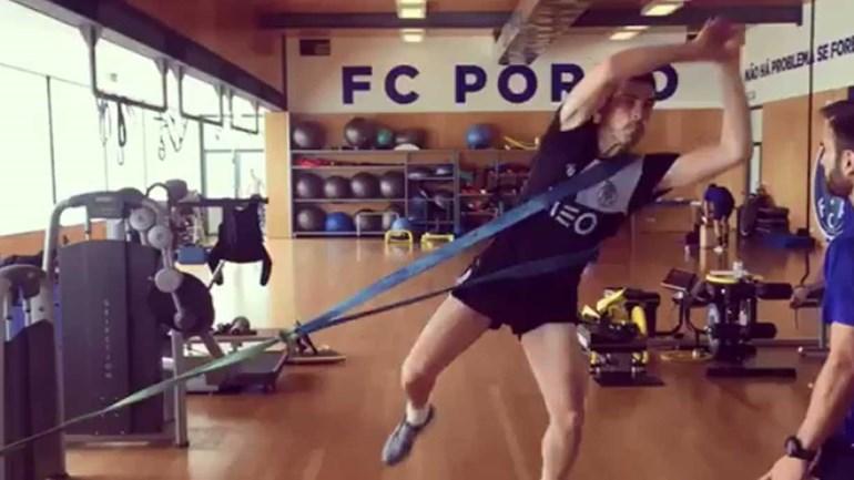 Este vídeo de Casillas deixou Modric... surpreendido