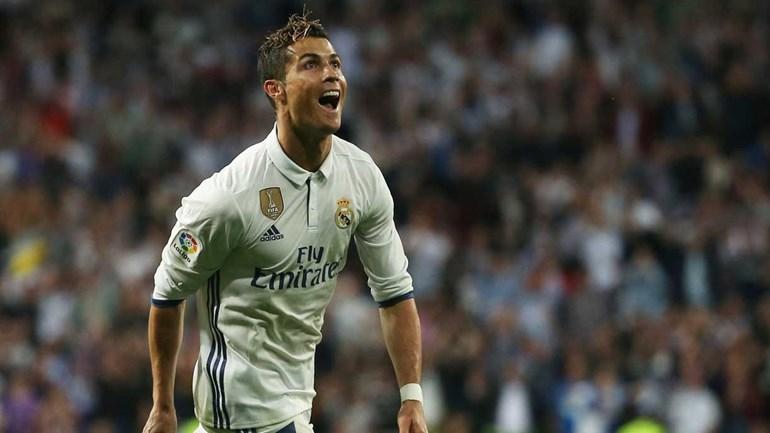 E no fim marca o Ronaldo