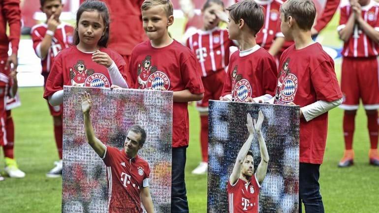 O adeus aos relvados de Philipp Lahm e Xabi Alonso