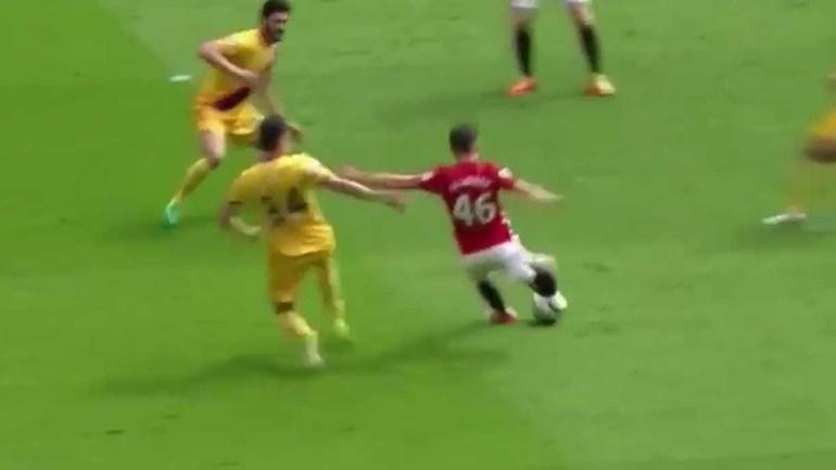 Mourinho meteu Harrop no 'onze' e o miúdo fez um golo do outro mundo
