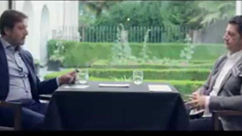 O que fazem Rui Vitória e Pedro Martins juntos à mesa?