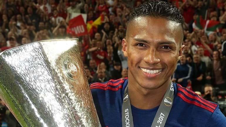 United renovou com Valencia: