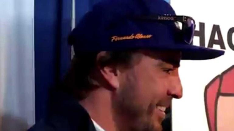 Jornalista teve mesmo de perguntar quem era... Fernando Alonso?