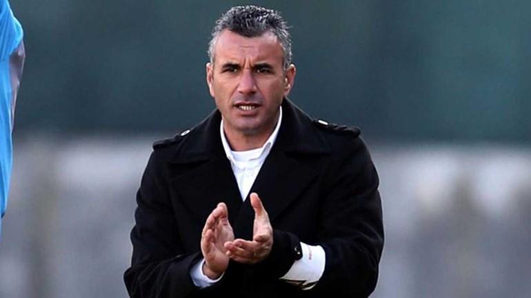 Rui Alves pensa em Costinha para assumir comando técnico do Nacional