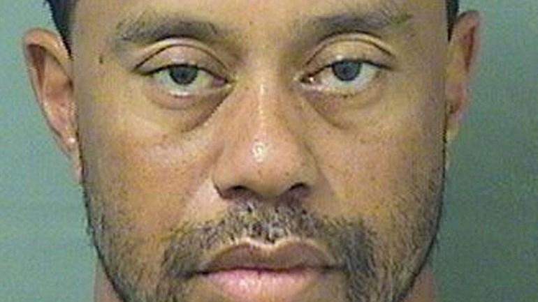 Esta é a fotografia da ficha policial de Tiger Woods