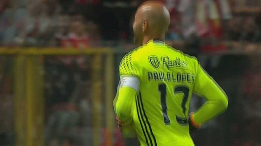 Paulo Lopes foi campeão com direito à braçadeira de capitão de equipa