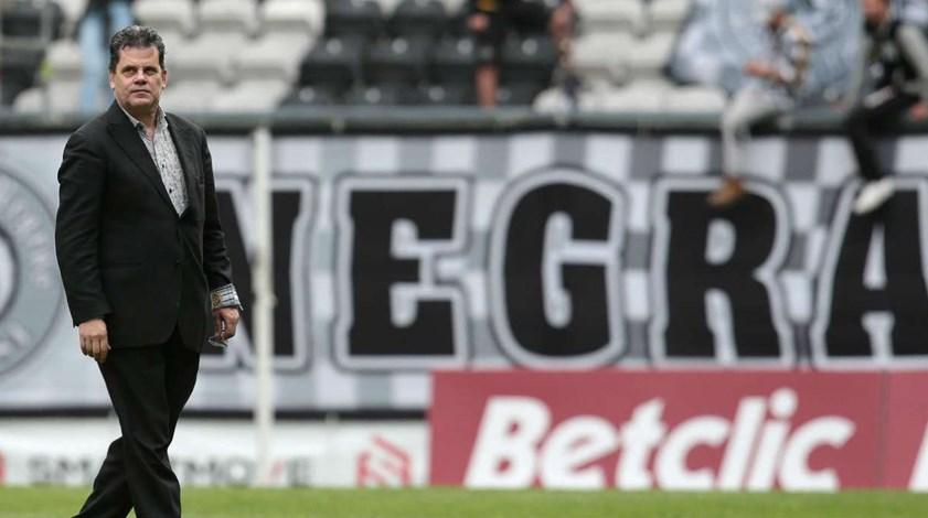 Rui Alves: «Se algum dos críticos for candidato, no dia seguinte o Rui Alves demite-se»