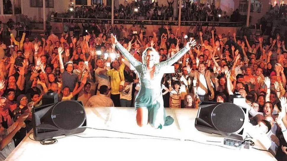 Kátia Aveiro é estrela no Egito