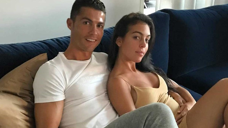 Imprensa italiana divulga novas imagens e garante que namorada de Ronaldo está mesmo grávida