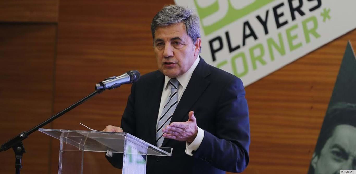 Fernando Gomes pediu à PGR e à PJ que analisassem documentos da arbitragem