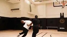 Chris Paul num duelo especial com... o pai