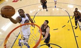 Warriors entram em força na final da NBA