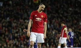 Manchester United confirma saída de Ibrahimovic
