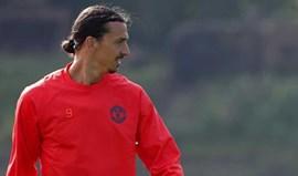 Ibrahimovic já está a recuperar no centro de treinos do... Manchester United