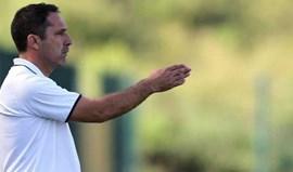 Fafe: Manuel Monteiro mantém-se à frente da equipa técnica